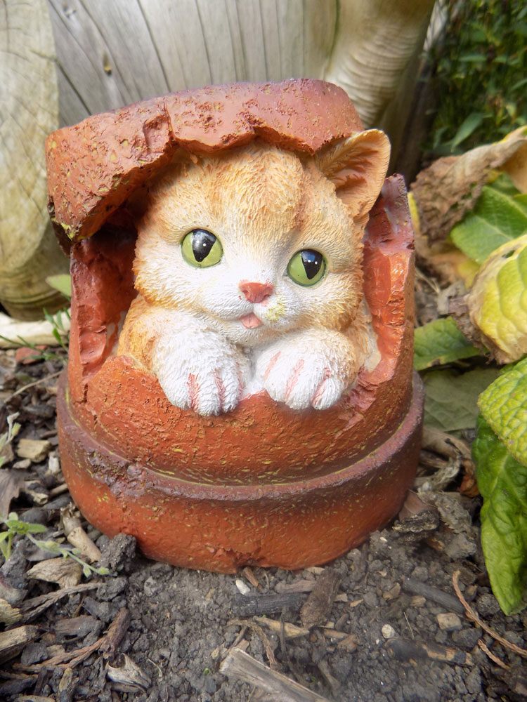 Cat Flower Pot Garden Ornament Uk Garden Products